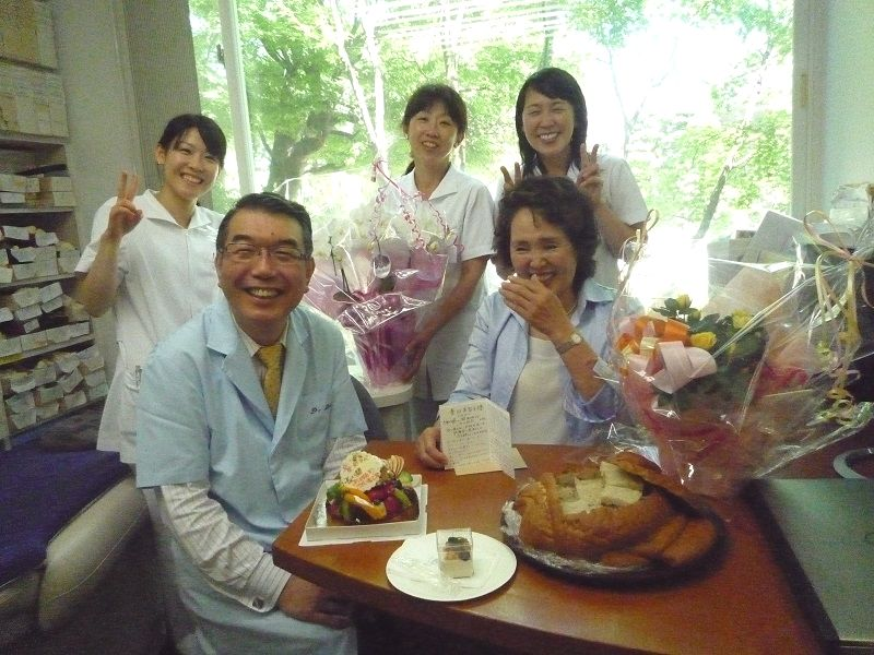 横浜の歯科・歯医者の横浜山手デンタルクリニック スタッフと院長
